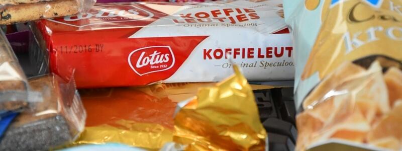 Nederlandse veganistisch snacks - beleg sauzen toppings