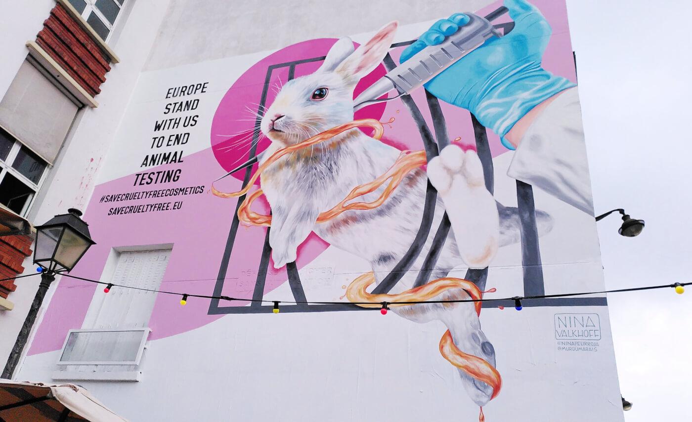 Dove en The Body Shop bundelen de krachten met 's werelds toonaangevende dierenbelangenorganisaties en doen een dringend beroep op de EU om cosmetica in Europa cruelty-free te houden